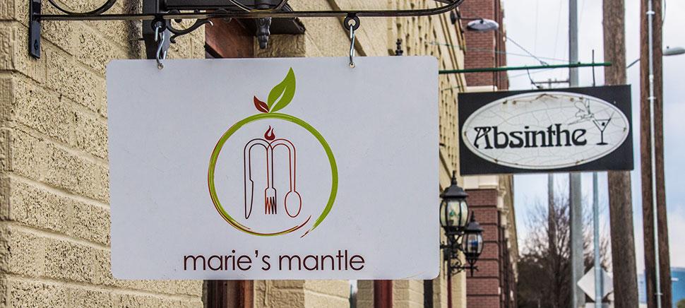 Maries Mantle