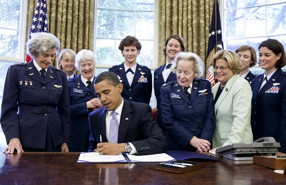 females pilots