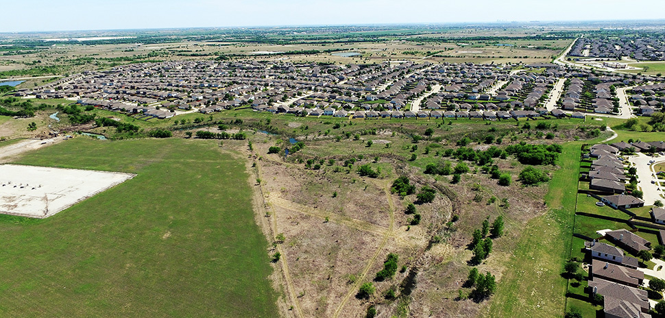 Serene Country Homes Group plans to add 2,385 homes to Sendera Ranch community.